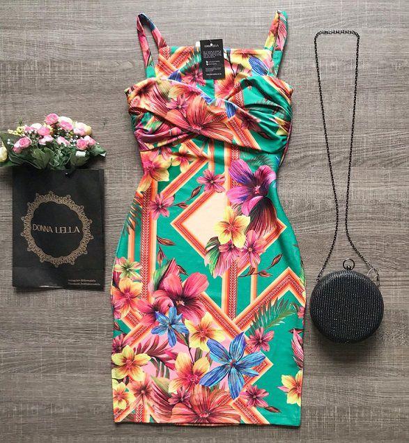 Vestido Floral Detalhe Torcido