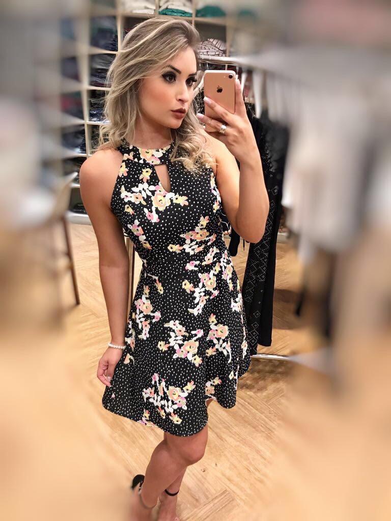 Vestido Floral Poá