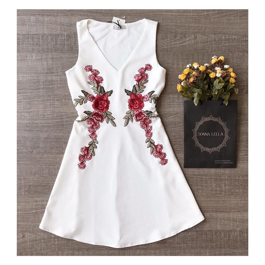Vestido Offwhite Lady Like Bordado Rosas