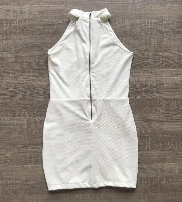 Vestido Piquet Ilhós Branco