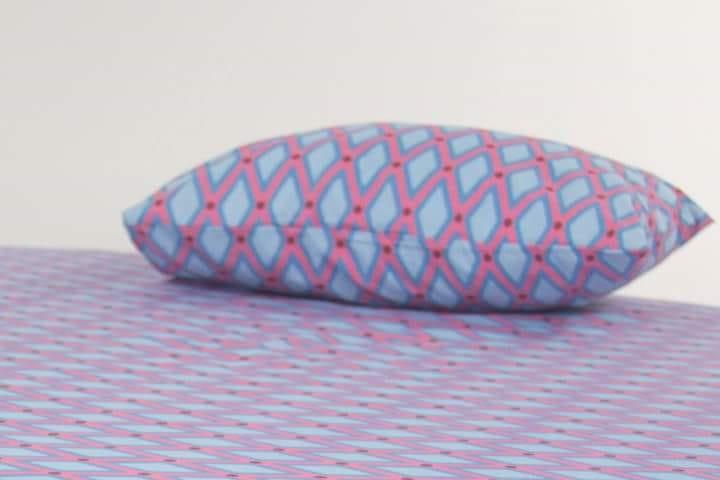 ENXOVAL G (LENÇOL E FRONHA) rosa e azul