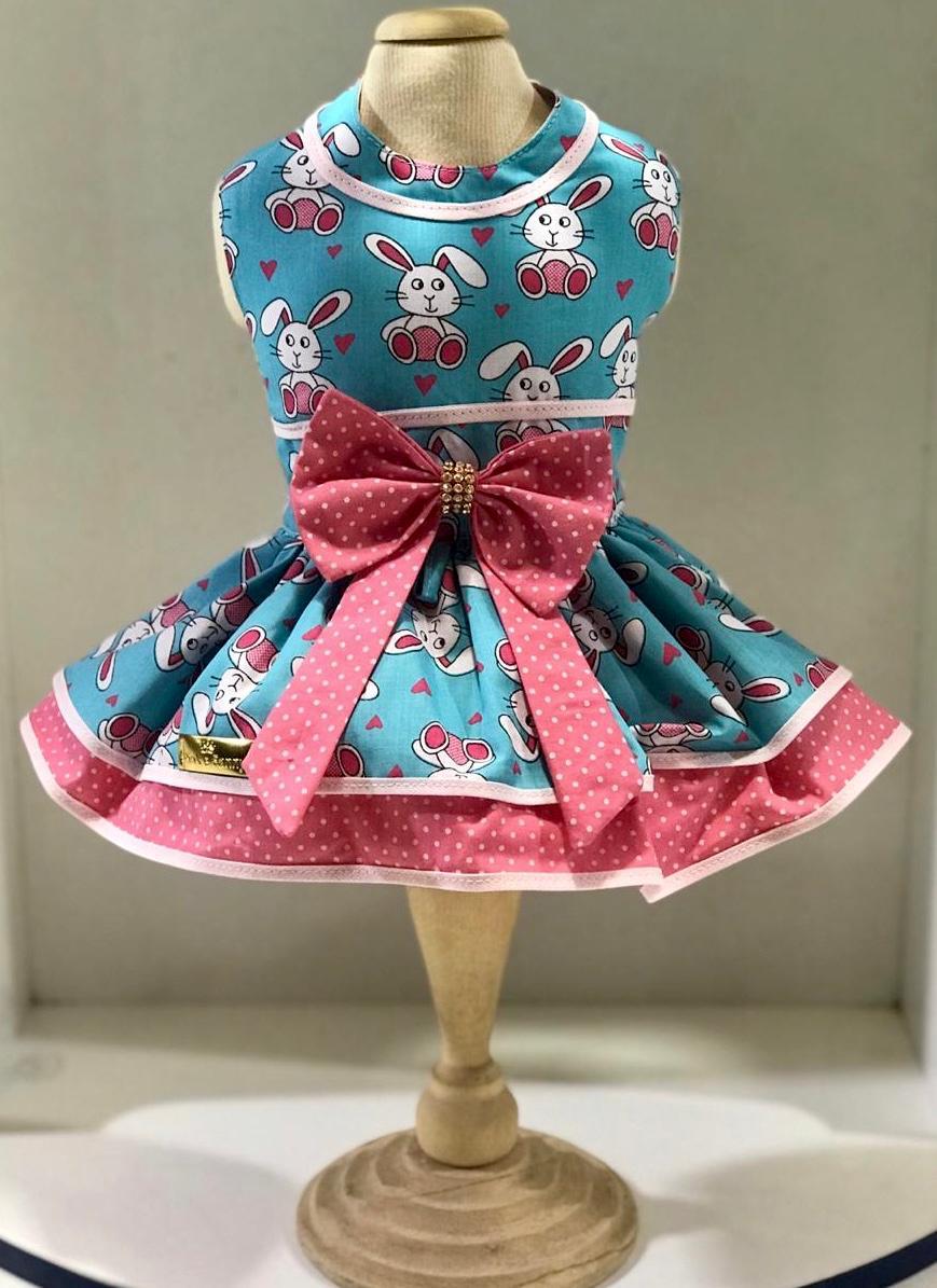 Vestido coelho azul e rosa