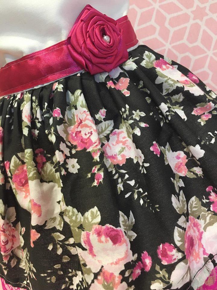 Vestido Floral Preto com Pink