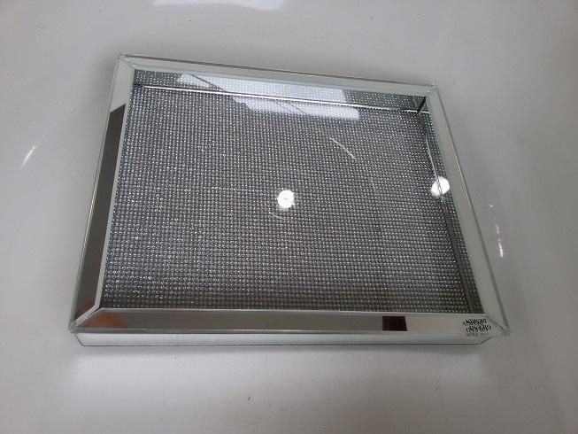 Bandeija em Espelho Cristalc / strass 22cm 16cm x 4cm