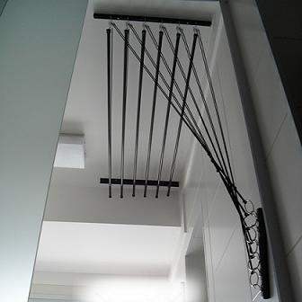 Varal de teto ou parede com 10 hastes individuais 0,80cm  Comp x 0,81 Larg