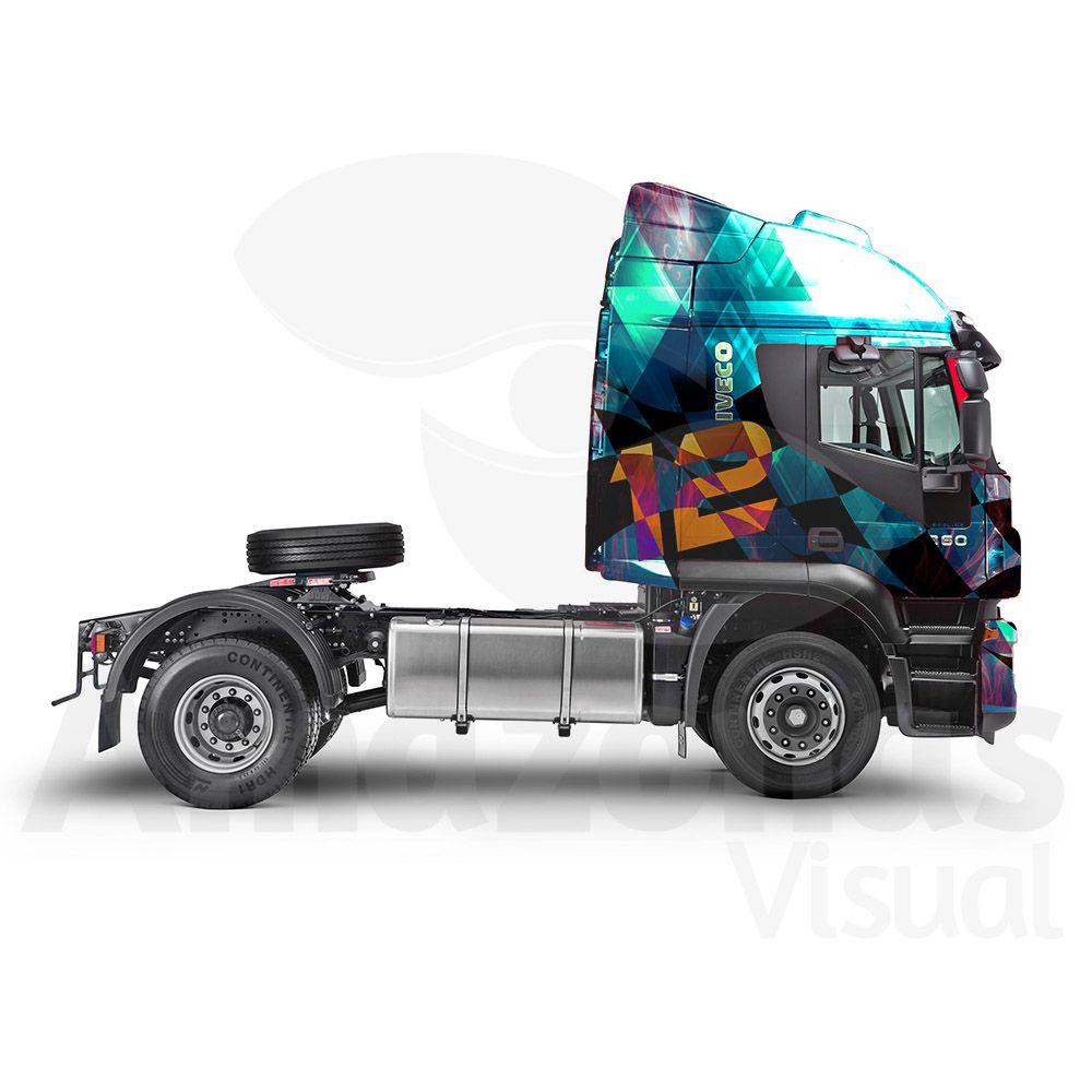 Caminhão Cabine Adesivada para Eventos Automobilísticos
