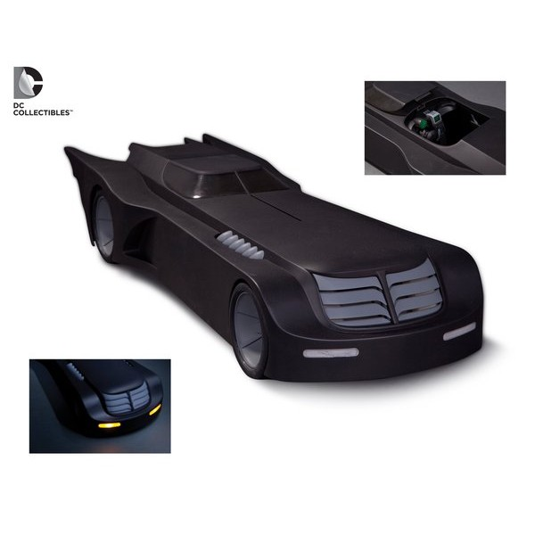 Batmobile - Batmóvel DC Collectibles Batman: The Animated Series + Little Gotham Batman + Robin + Joker  - Movie Freaks Collectibles