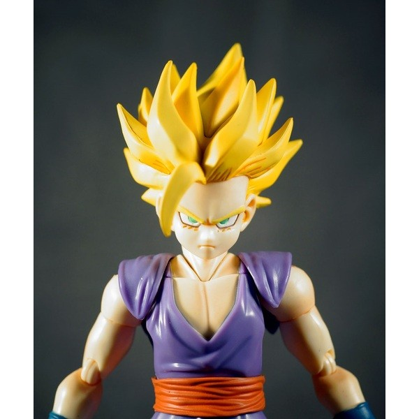 Bandai Super Saiyan Son Gohan Dragon Ball Z S.H Figuarts  - Movie Freaks Collectibles