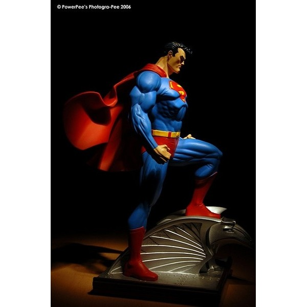 DC Direct Superman Full size statue by Jim lee  - Movie Freaks Collectibles