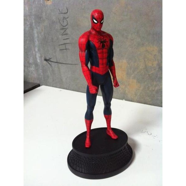 Bowen Designs Homem Aranha Red Museum statue  - Movie Freaks Collectibles