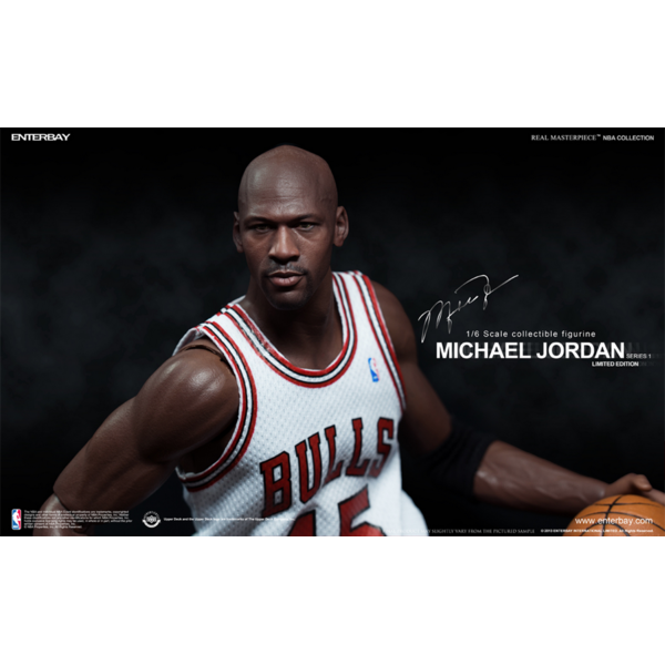 Enterbay NBA Michael Jordan #45 I´M BACK Home Version 1/6  - Movie Freaks Collectibles