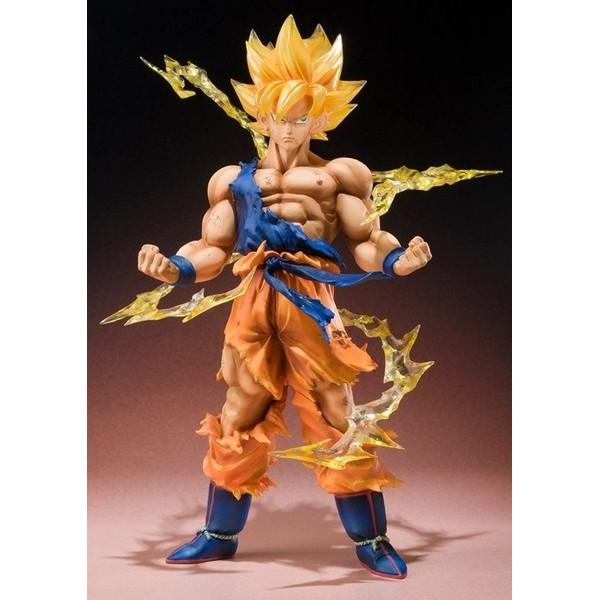 Bandai Super Saiyan Goku Dragon Ball Z FiguartsZERO  - Movie Freaks Collectibles