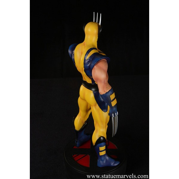 Bowen Designs Astonishing Wolverine statue  - Movie Freaks Collectibles