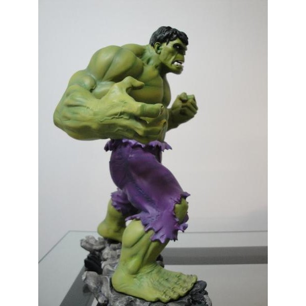 Bowen Designs Hulk Green Retro Statue - Movie Freaks Collectibles