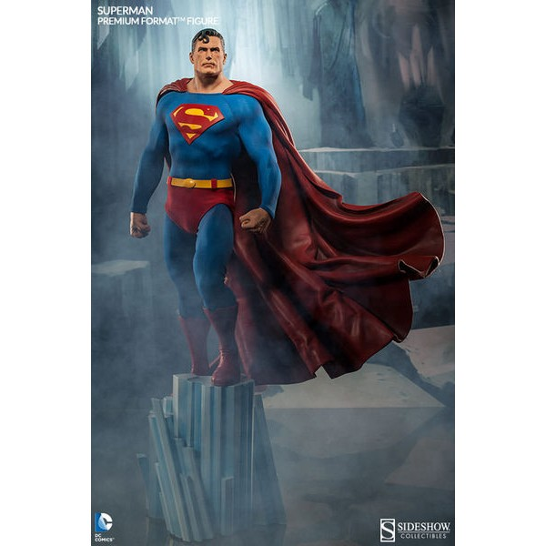 Sideshow Super Homem Premium Format EXclusive  - Movie Freaks Collectibles