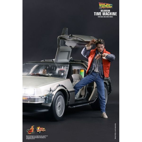 Hot Toys DeLorean Time Machine 1/6 - De volta para o futuro  - Movie Freaks Collectibles