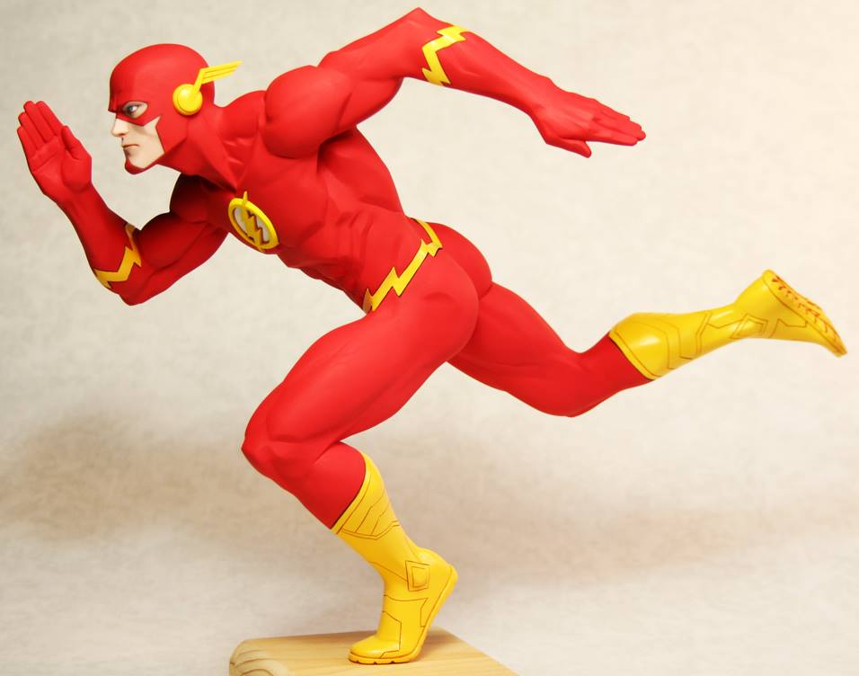 Dc Collectibles DESIGNER SERIES: THE FLASH BY FRANCIS MANAPUL STATUE  - Movie Freaks Collectibles