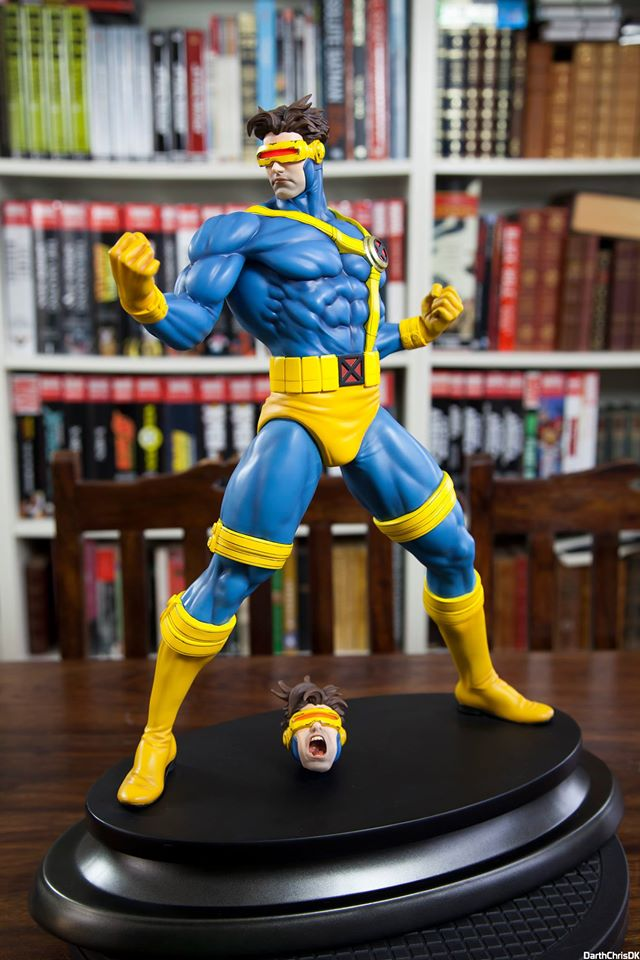 Erick Sosa Marvel Vs Capcom Cyclops 1/4 scale Custom Statue  - Movie Freaks Collectibles