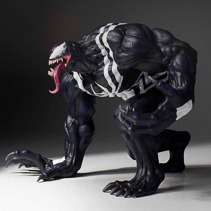 Gentle Giant Venom 1/8 scale  Statue  - Movie Freaks Collectibles