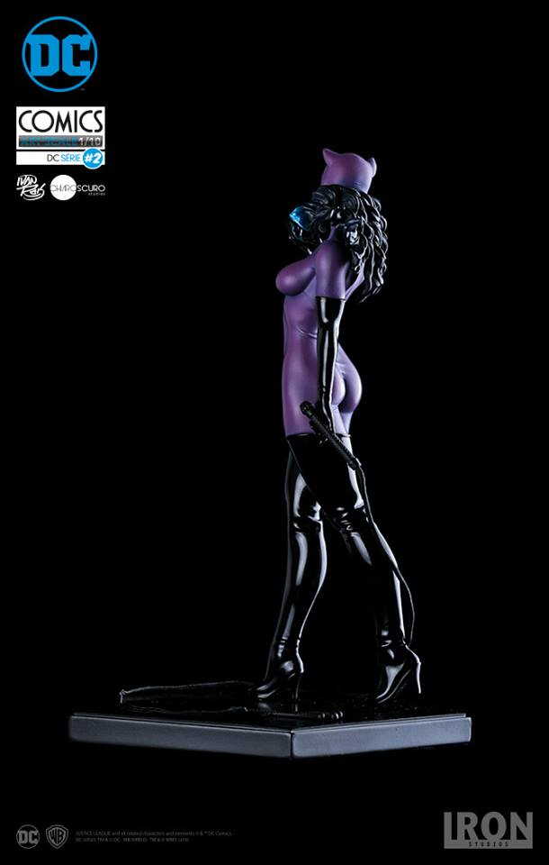 Iron Studios Catwoman 1/10 Art Scale Statue  - Movie Freaks Collectibles