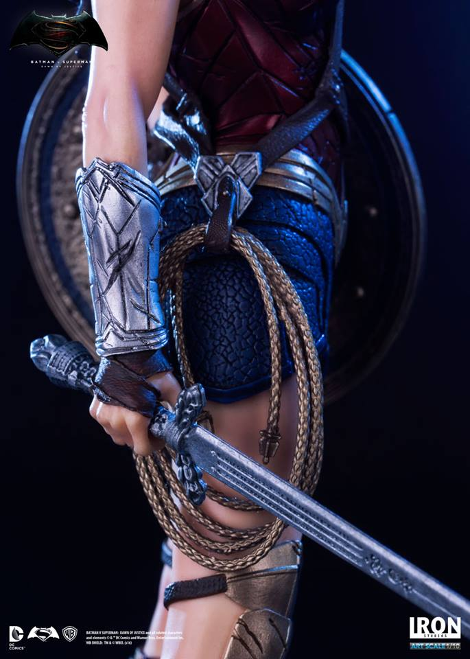 Iron Studios Mulher Maravilha 1/10 Art Scale - Batman V Superman  - Movie Freaks Collectibles