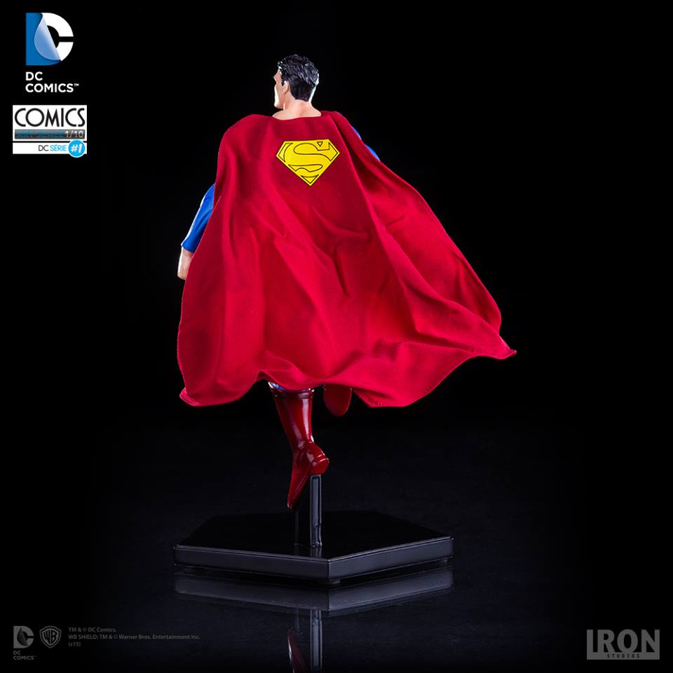 Iron Studios Super Homem 1/10 Art Scale - DC Comics Serie #1  - Movie Freaks Collectibles