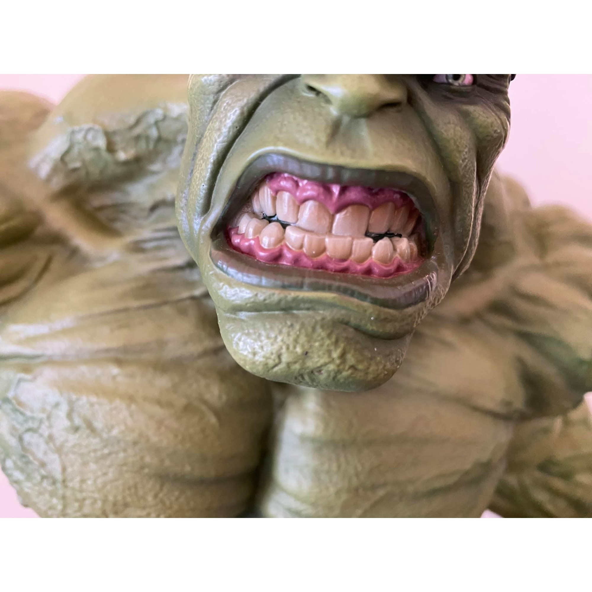 NMK Hulk 1/4 statue  - Movie Freaks Collectibles