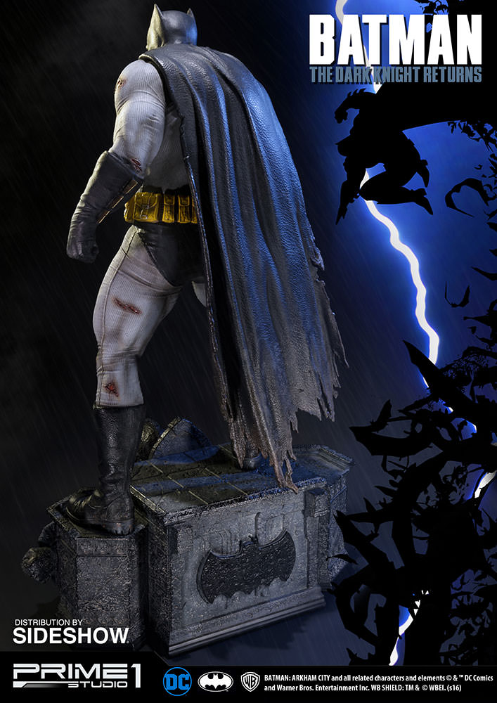 Prime 1 Frank miller The Dark Knight Returns Batman EXclusive  - Movie Freaks Collectibles