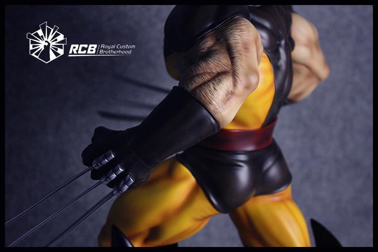 Rcb Erick Sosa Marvel Vs Capcom Wolverine Brown Variant  - Movie Freaks Collectibles