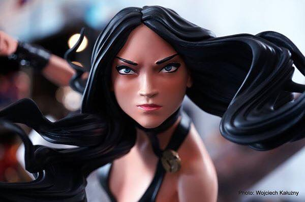 RCB X-23 1/4 scale statue  - Movie Freaks Collectibles