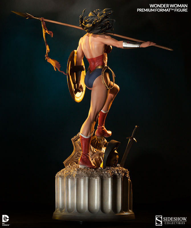 Sideshow Mulher Maravilha Premium Format Exclusive  - Movie Freaks Collectibles