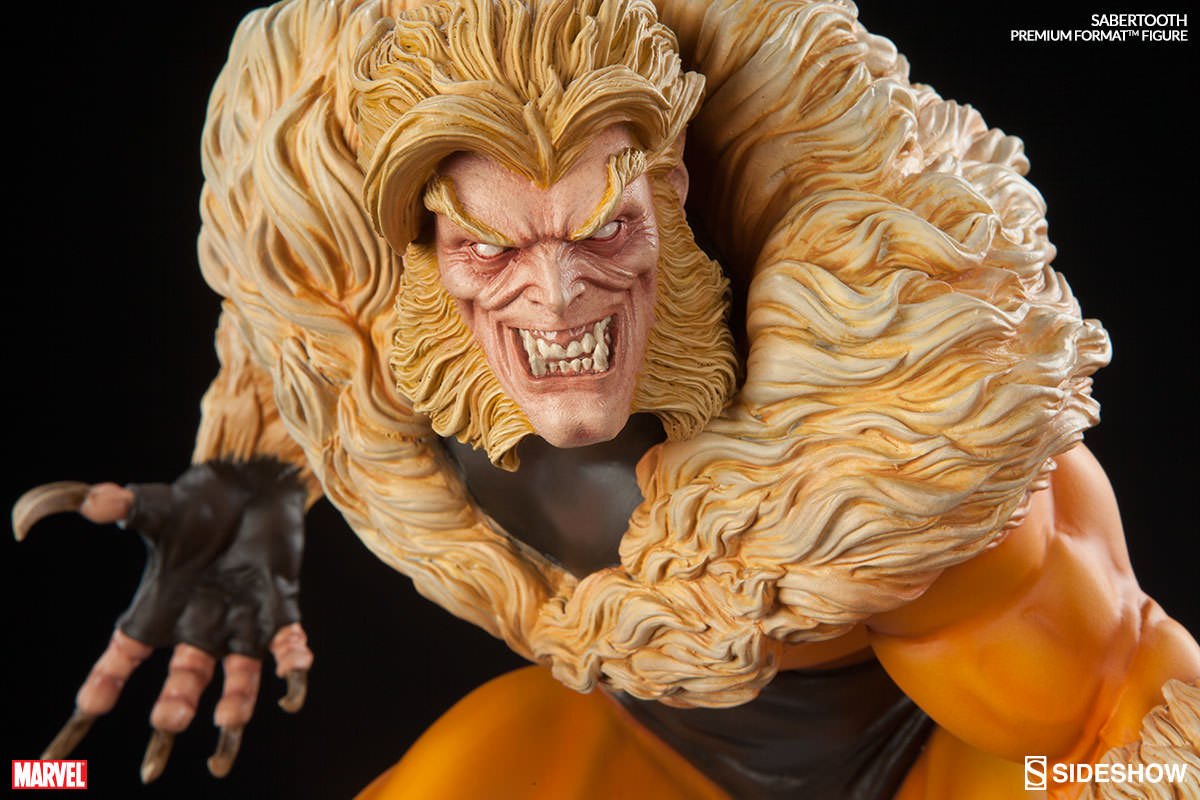 Sideshow Sabretooth Premium Format  - Movie Freaks Collectibles