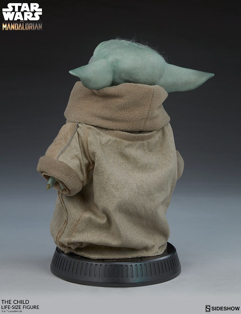 Sideshow The Child 1/1 Life-Size Figure - Baby Yoda  - Movie Freaks Collectibles