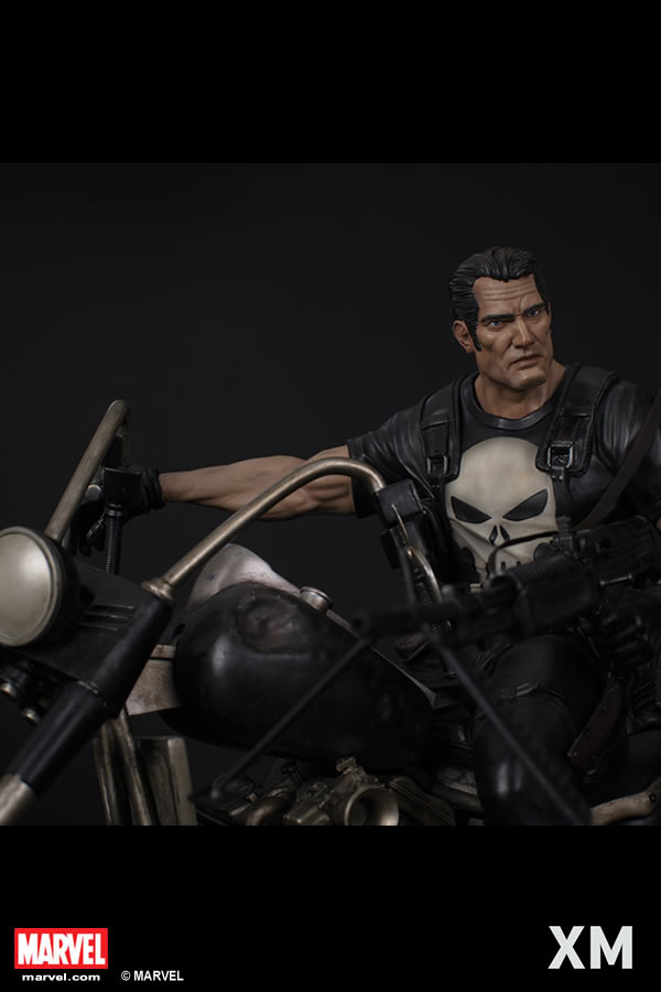 XM Studios Punisher / Justiceiro Statue  - Movie Freaks Collectibles