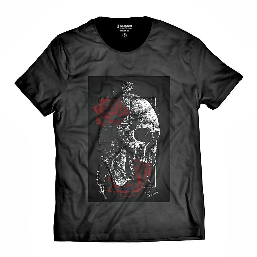 Camiseta Faca na Caveira e Rosas Vermelhas Swag DN