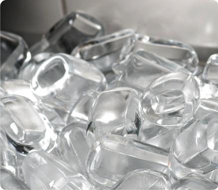 Máquina de gelo em cubo - EGC 300MA/250