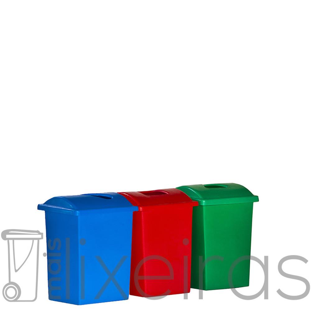 Conjunto com 03 lixeiras plásticas 40 litros cada - Tampa com abertura central