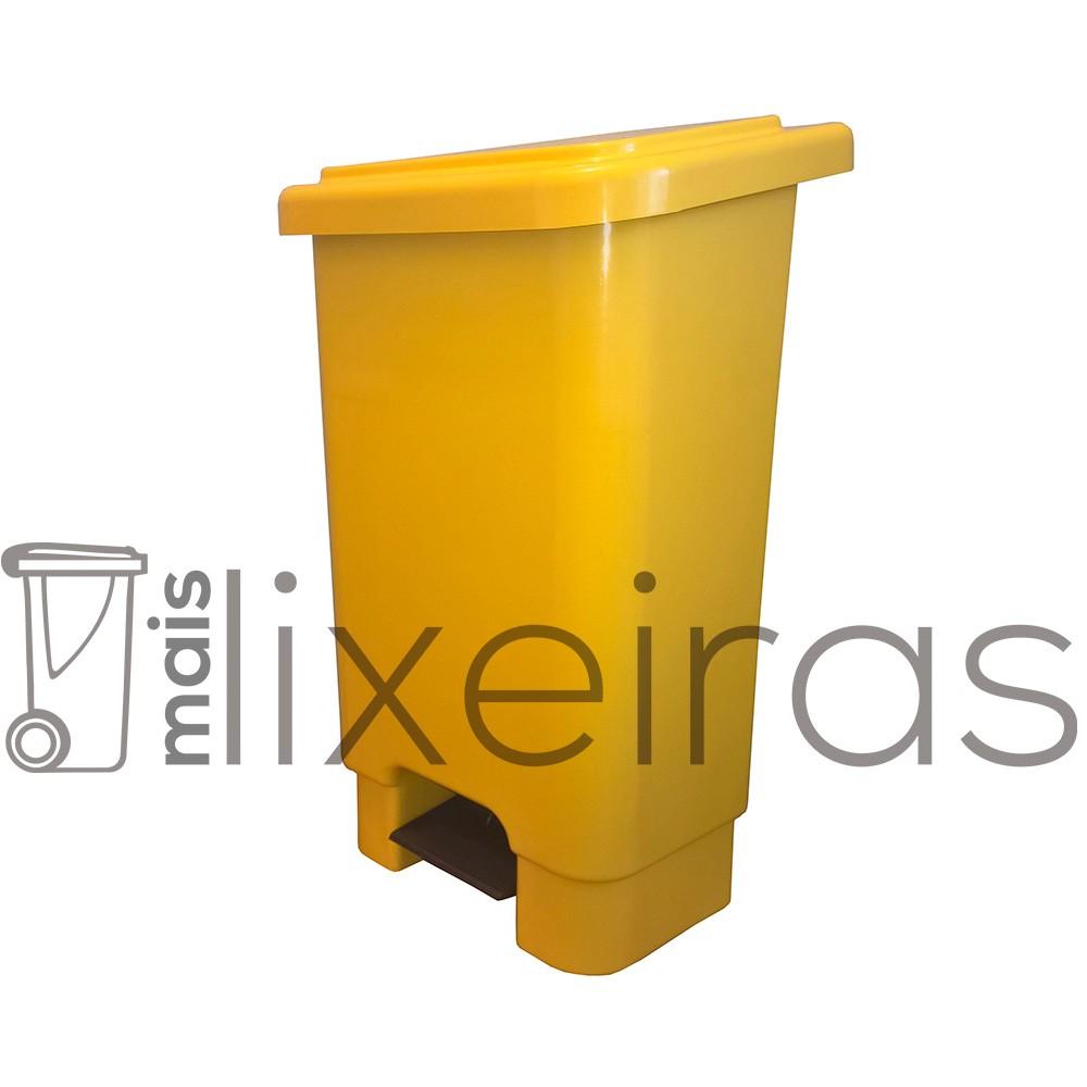 Lixeira colorida em polietileno com tampa e pedal - 50 litros