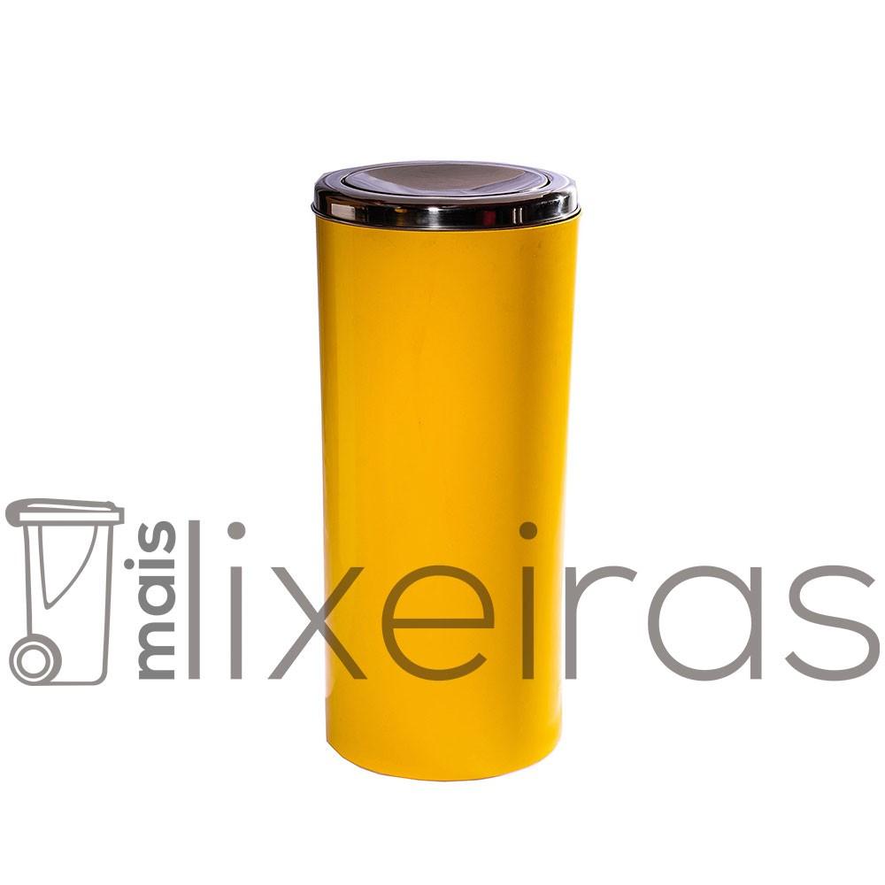 Lixeira plástica com tampa inox tipo flip-top - 50 litros