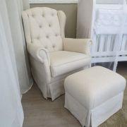 Poltrona com Puff em tecido suede, linho ou couro ecológico