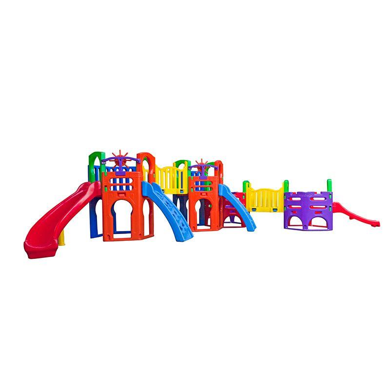 Playground de Plástico Ômega
