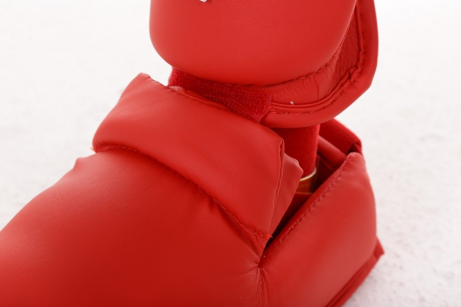 Protetor de canela e pé Strike Karate Vermelho