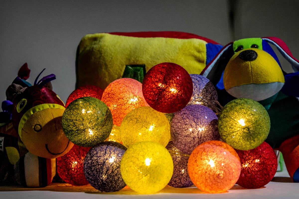 Cordão de luz Alegria  luminária Led de bolinhas fio de luz