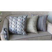 Conjunto 3 Capas almofadas Lyon Veludo quadradas estampadas Bege e Cinza  43 x 43 cm