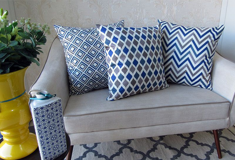 Conjunto 3 Capas almofadas Lyon Veludo estampadas Azul e cinza 50x50cm