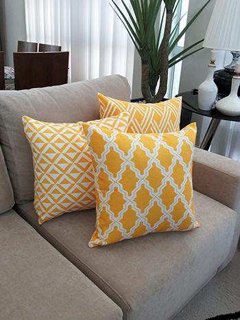 Conjunto com 3 Capas para Almofadas Flame Geométrico Amarelo