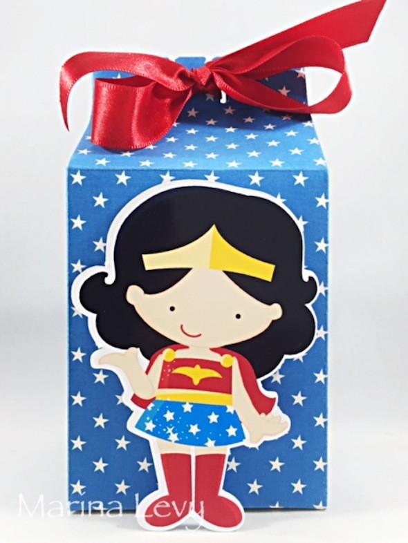 Caixinha Milk - Mulher Maravilha  - Marina Levy Festas