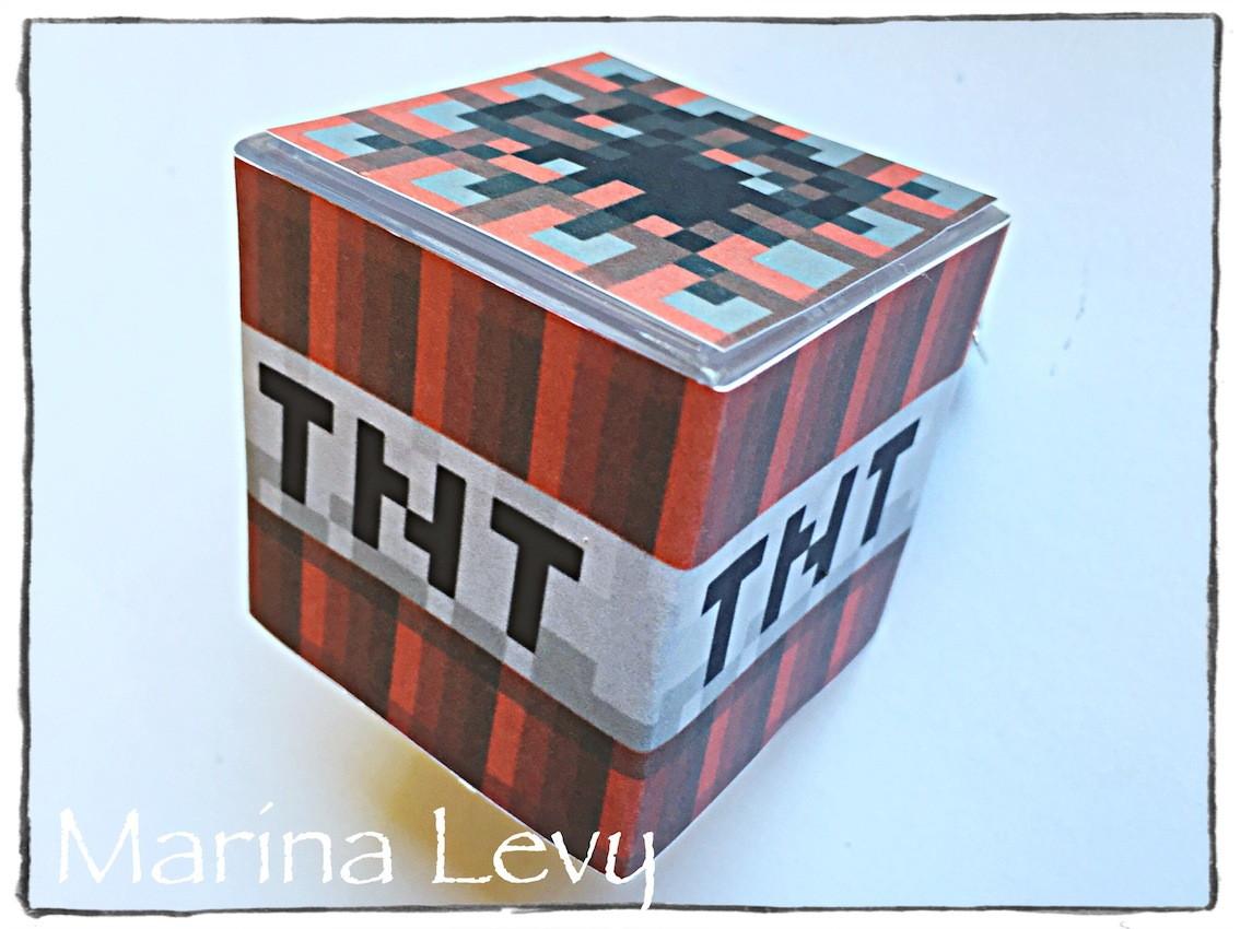 Caixinha Cubo -TNT