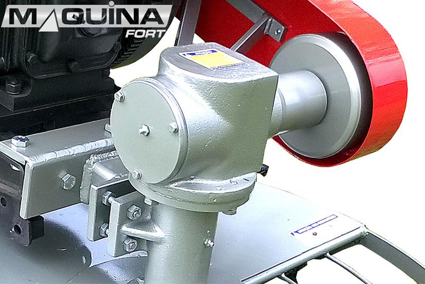 Roçadeira frontal para micro-trator com contra-peso - RF900