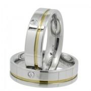 Aliança de namoro em aço reta com friso dourado e ponto de zircônia 6mm - O Par